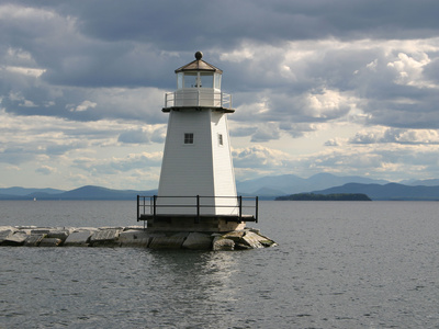 Lake-champlain-lighthouse