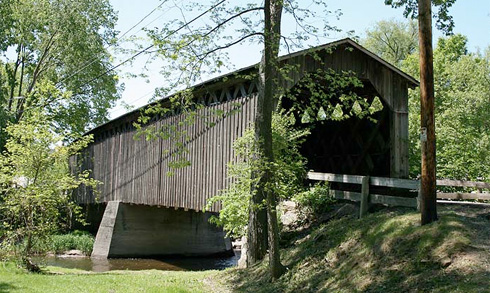 cedarburg-wisconsin-covered-bridge